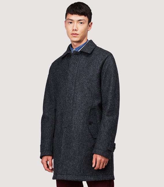 Keep warm in a Baracuta G10 Shetland overcoat